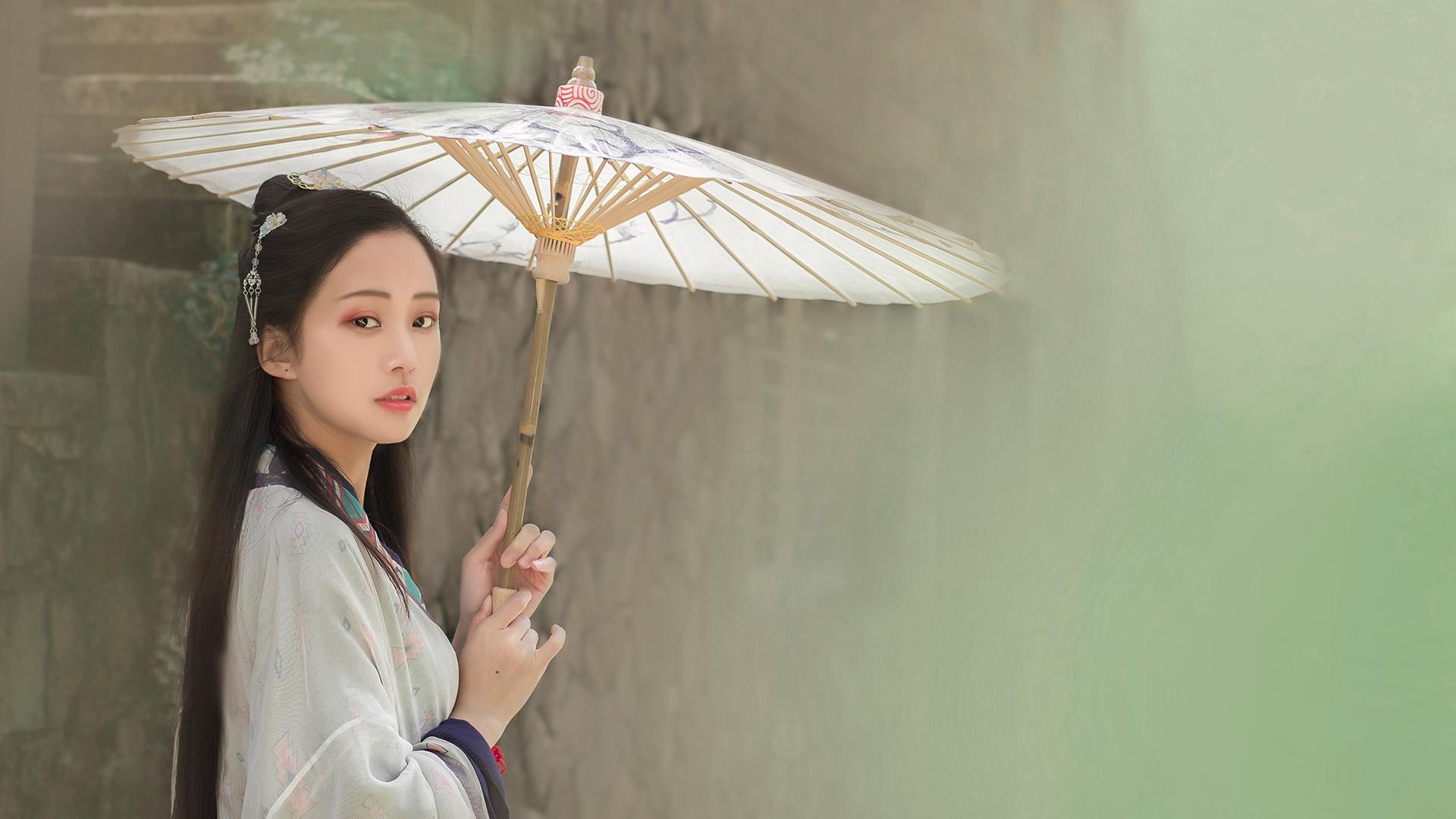 白小姐彩色图库赞美女人成熟魅力语录
