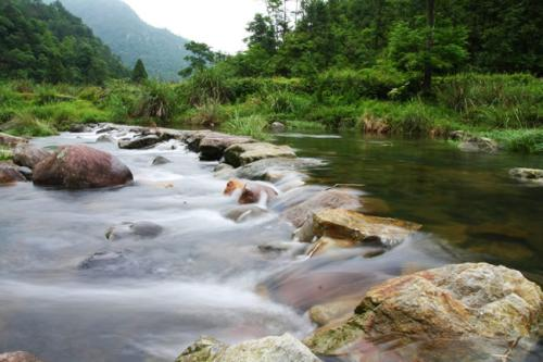 就像小溪一样美丽